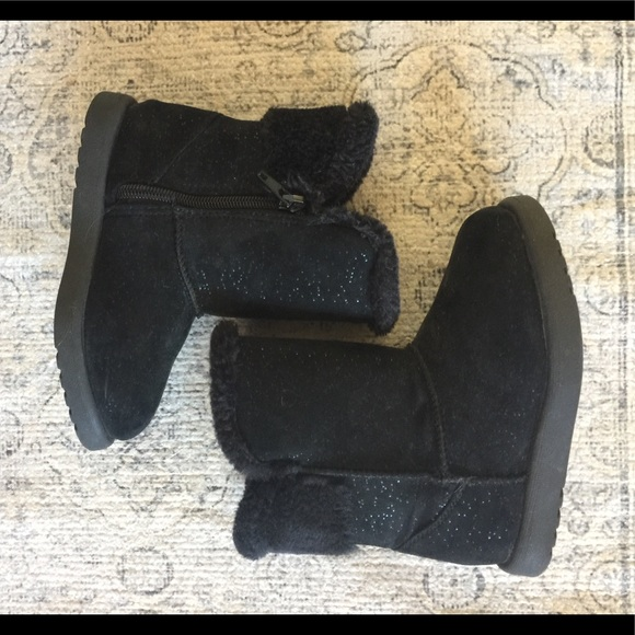 Warm Tan Gray Black Girl/'s Old Navy Slip On Boots Sparkle Shimmer Cozy